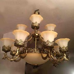Colonial Antique Chandelier For House
