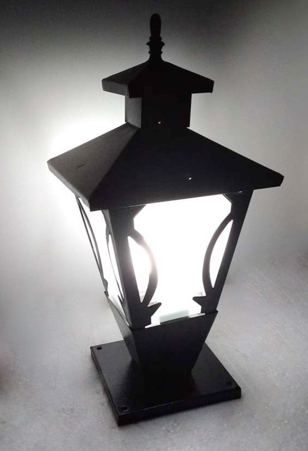 Modern and luxury design outdoor gate lamp