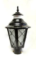 Black Color Metal and Glass Design Outdoor Gate Lamp